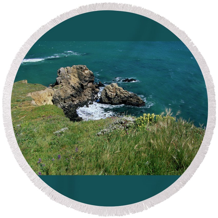 Point Reyes Round Beach Towel featuring the photograph The Edge by Soli Deo Gloria Wilderness And Wildlife Photography