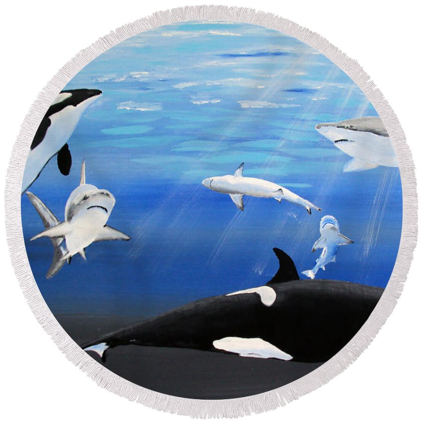 Killer Whales Round Beach Towel featuring the painting The Encounter by Luis F Rodriguez