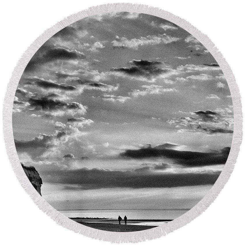 Natureonly Round Beach Towel featuring the photograph The End Of The Day, Old Hunstanton by John Edwards