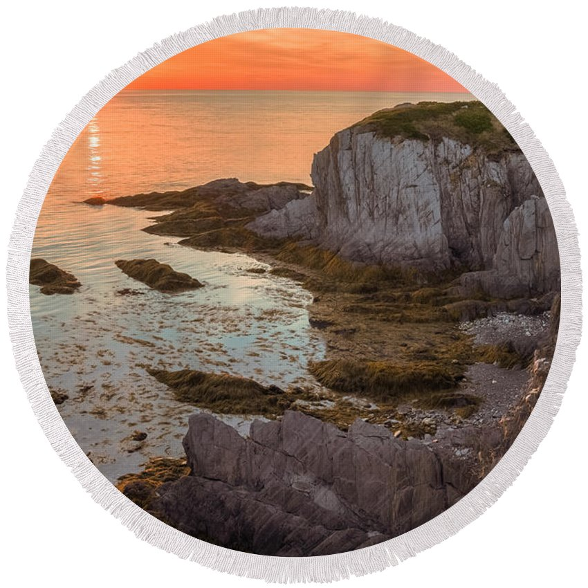 Atlantic Ocean Round Beach Towel featuring the photograph Nova Scotian Sunset by Garvin Hunter