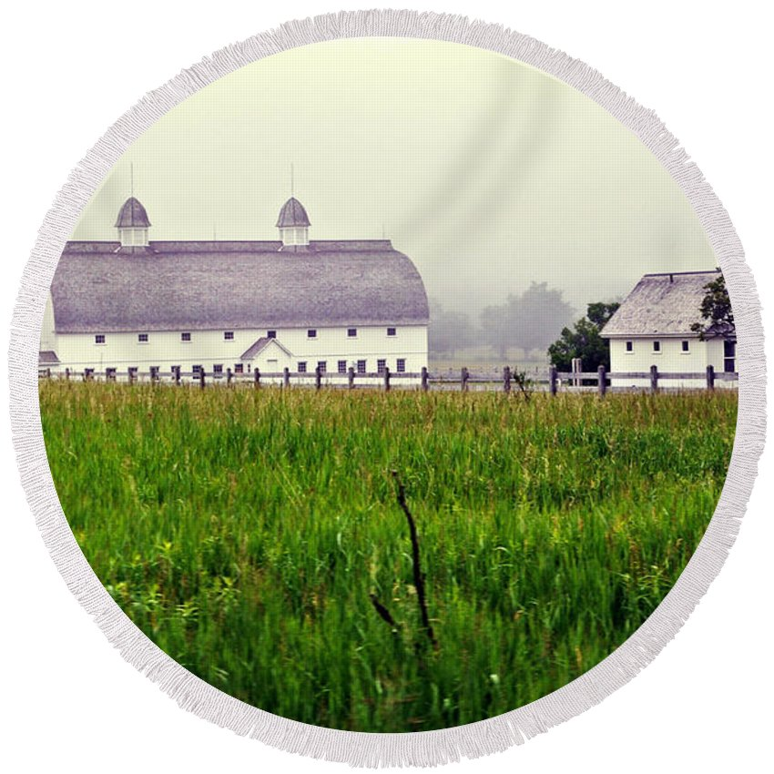 Barns Round Beach Towel featuring the photograph The Fog Has Lifted by Lydia Holly