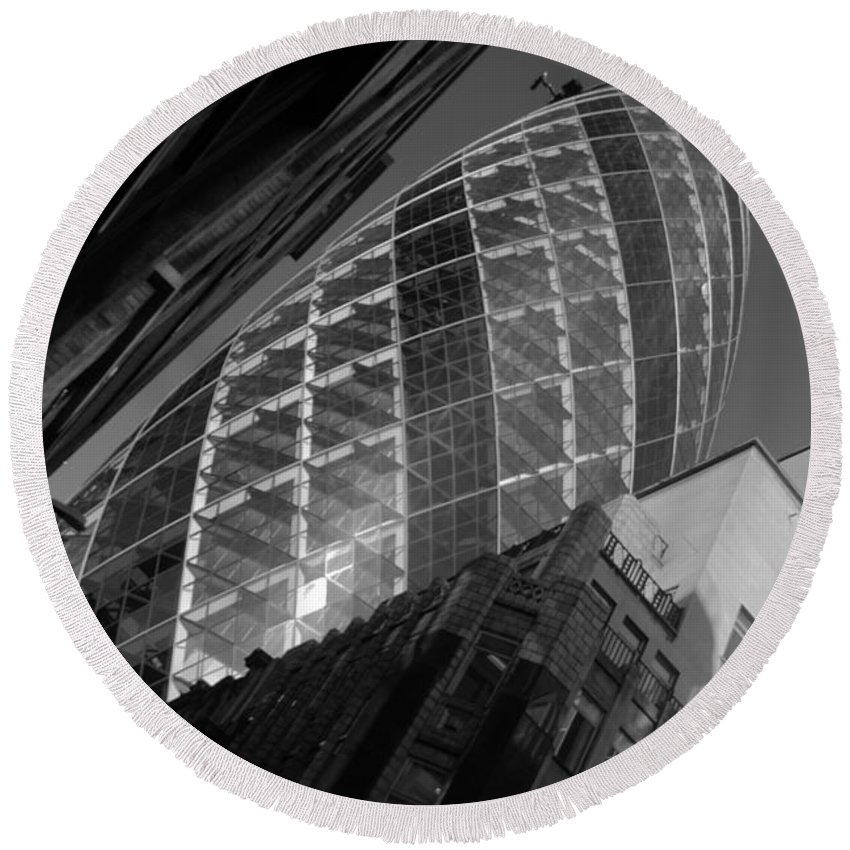 Gherkin Round Beach Towel featuring the photograph The Gherkin Black And White by Chris Day