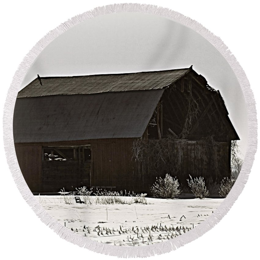 Barn Round Beach Towel featuring the photograph The Last Winter by Scott Ward