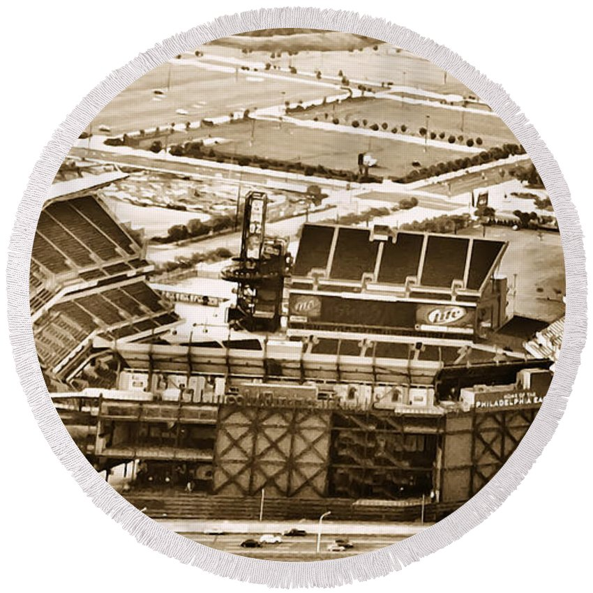 Sport Round Beach Towel featuring the photograph The Linc - Aerial View by Bill Cannon
