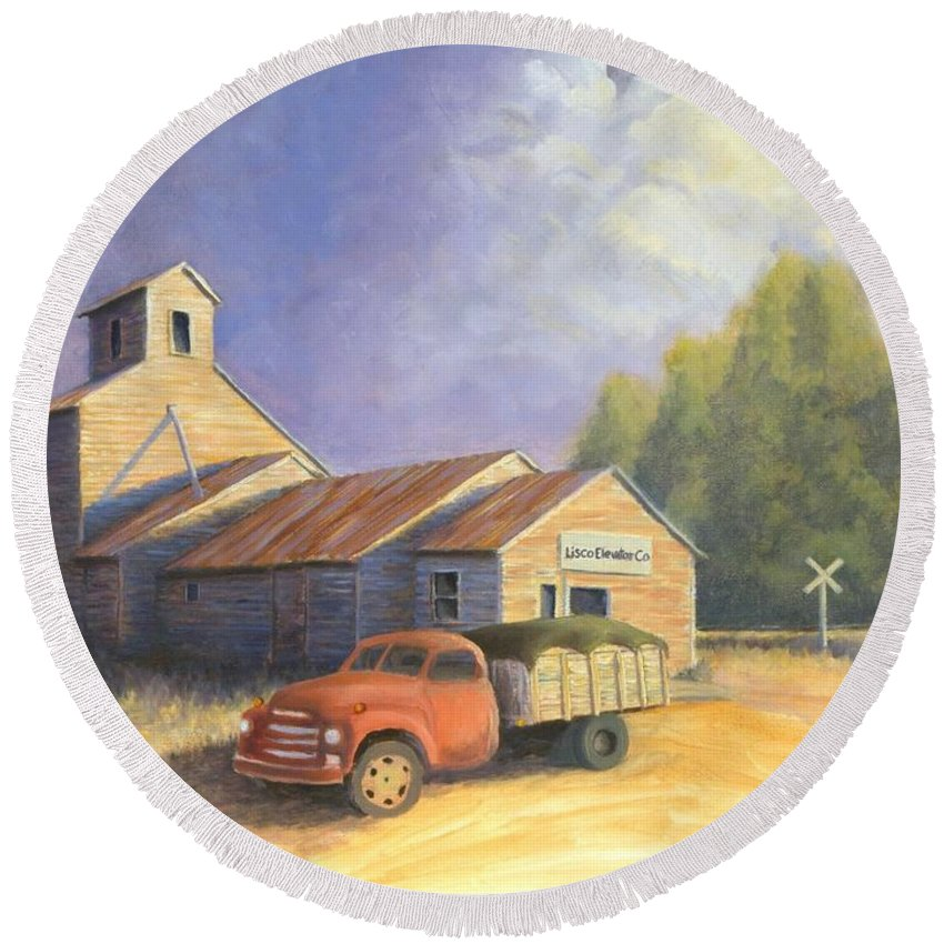 Nebraska Round Beach Towel featuring the painting The Lisco Elevator by Jerry McElroy
