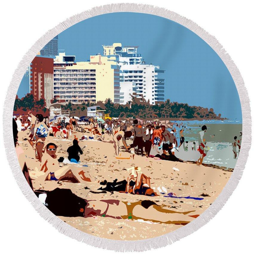 Miami Beach Florida Round Beach Towel featuring the photograph The Miami Beach by David Lee Thompson