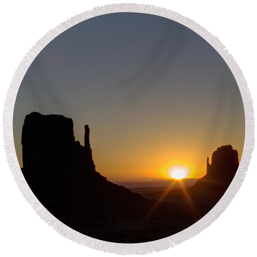 Pictorial Round Beach Towel featuring the photograph The Mittens At Sunrise Monument Valley Navaho Tribal Park by Roger Passman