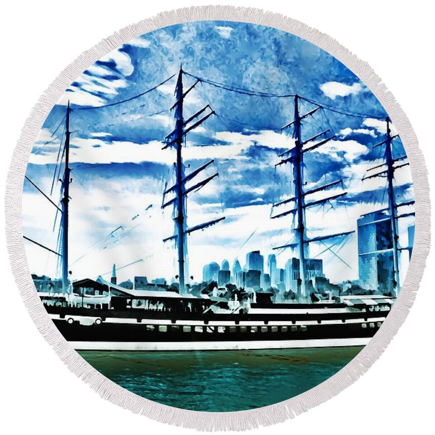Moshulu Round Beach Towel featuring the photograph The Moshulu by Bill Cannon
