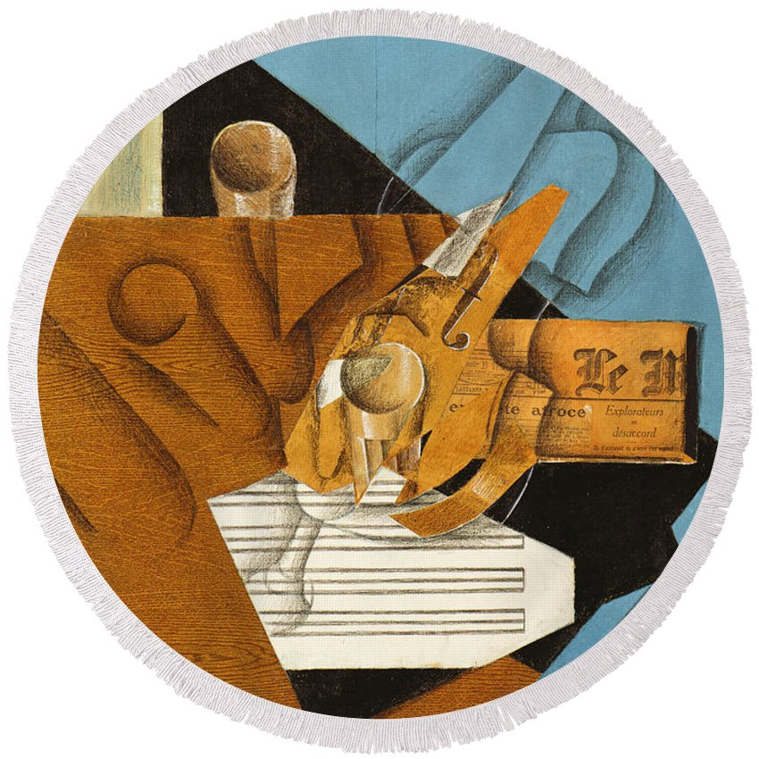 Gris Round Beach Towel featuring the painting The Musician's Table by Juan Gris