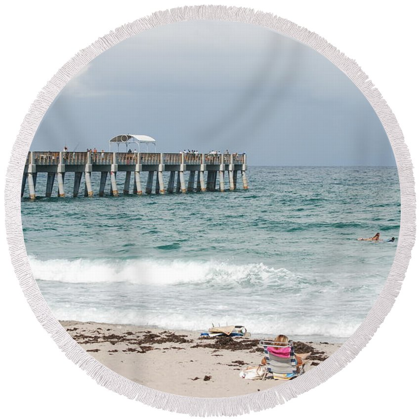 Women Round Beach Towel featuring the photograph The Ocean Pier by Rob Hans