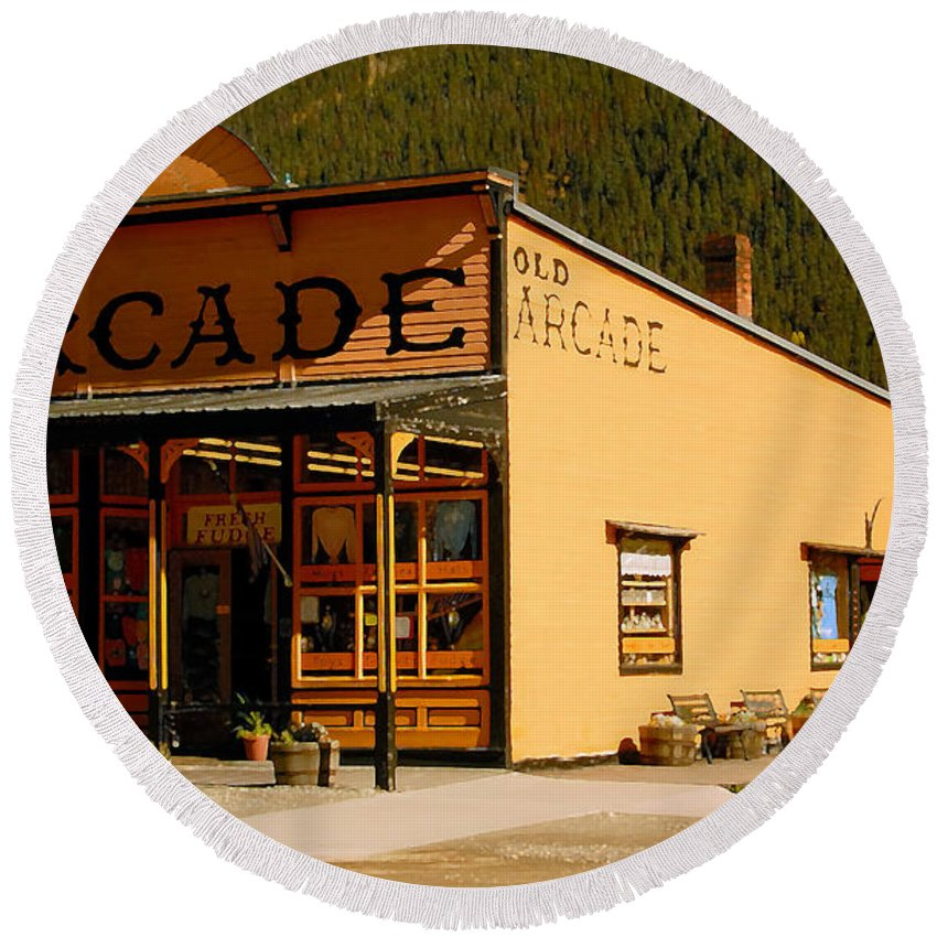 Arcade Round Beach Towel featuring the photograph The Old Arcade by David Lee Thompson