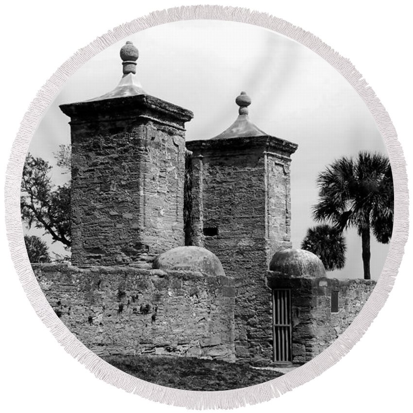 Saint Augustine Florida Round Beach Towel featuring the photograph The Old City Gates by David Lee Thompson