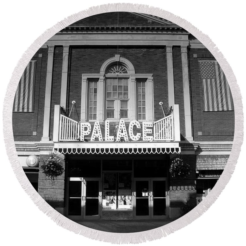 Palace Theater Round Beach Towel featuring the photograph The Palace by David Lee Thompson