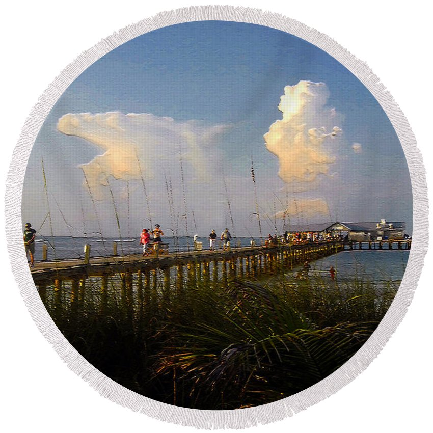 Pier Round Beach Towel featuring the photograph The Pier On Anna Maria Island by David Lee Thompson