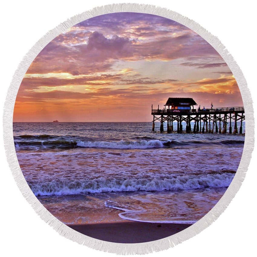 Sunset Round Beach Towel featuring the photograph The Pier by Scott Mahon
