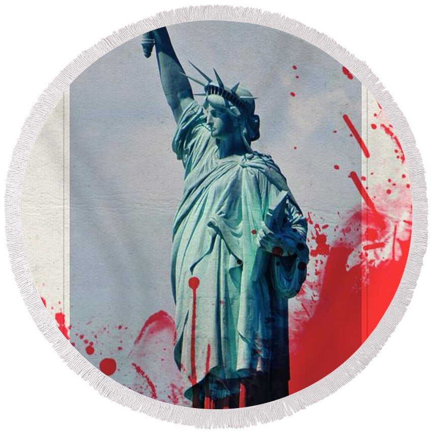 Liberty Round Beach Towel featuring the photograph The Price Of Liberty by Lilliana Mendez