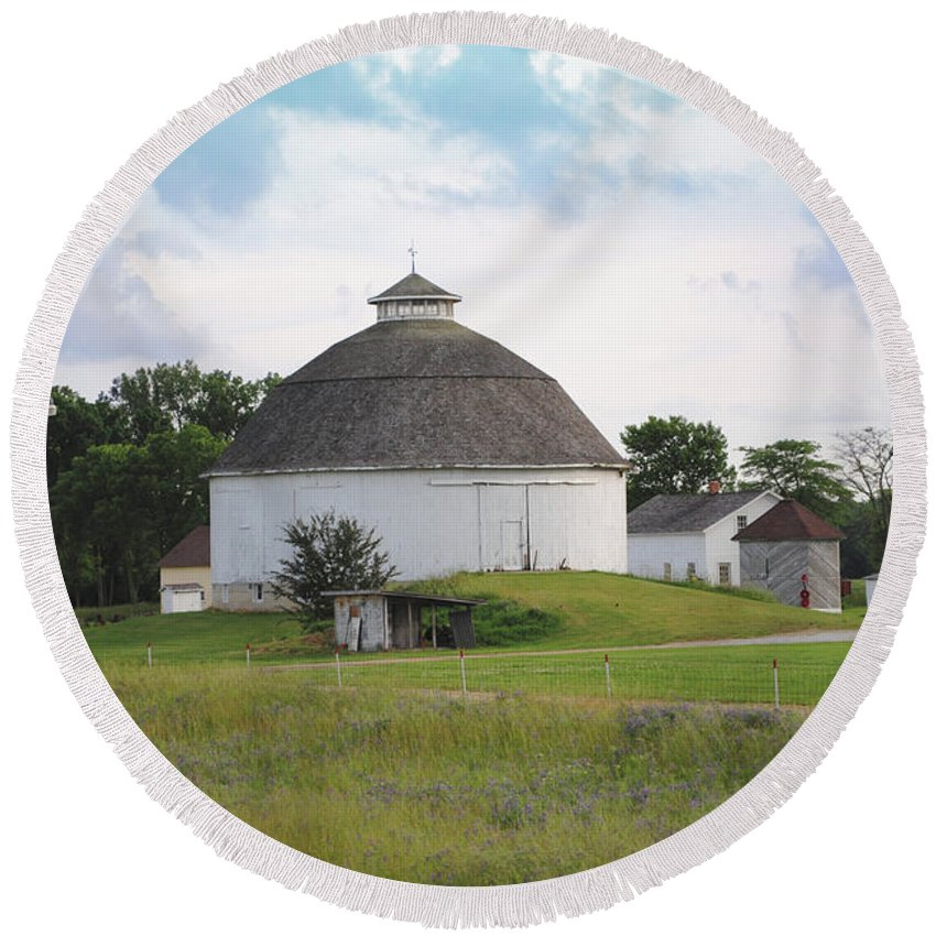 Round Round Beach Towel featuring the photograph The Round Barn by Jost Houk
