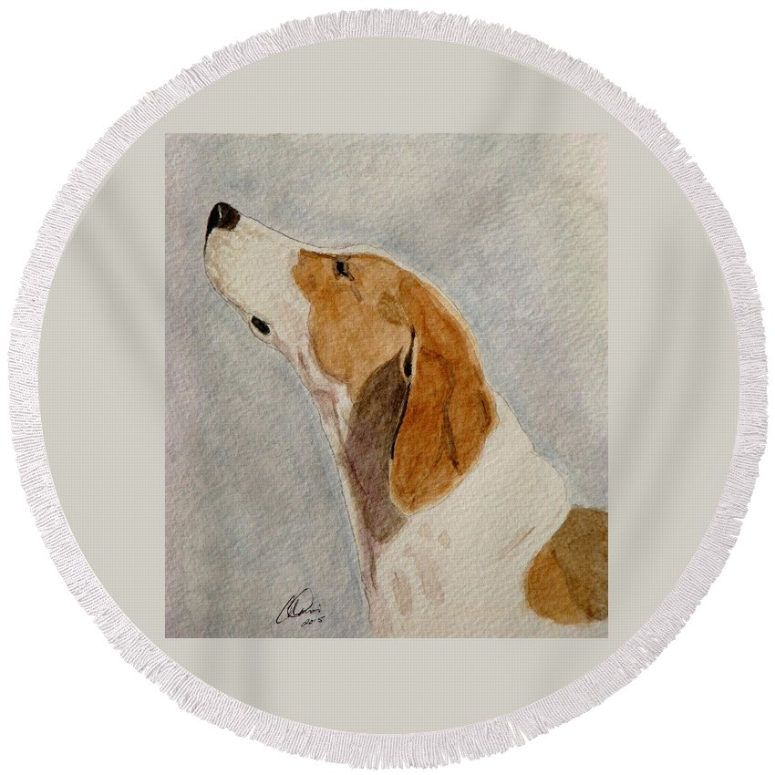 Foxhound Round Beach Towel featuring the painting The Scent by Angela Davies