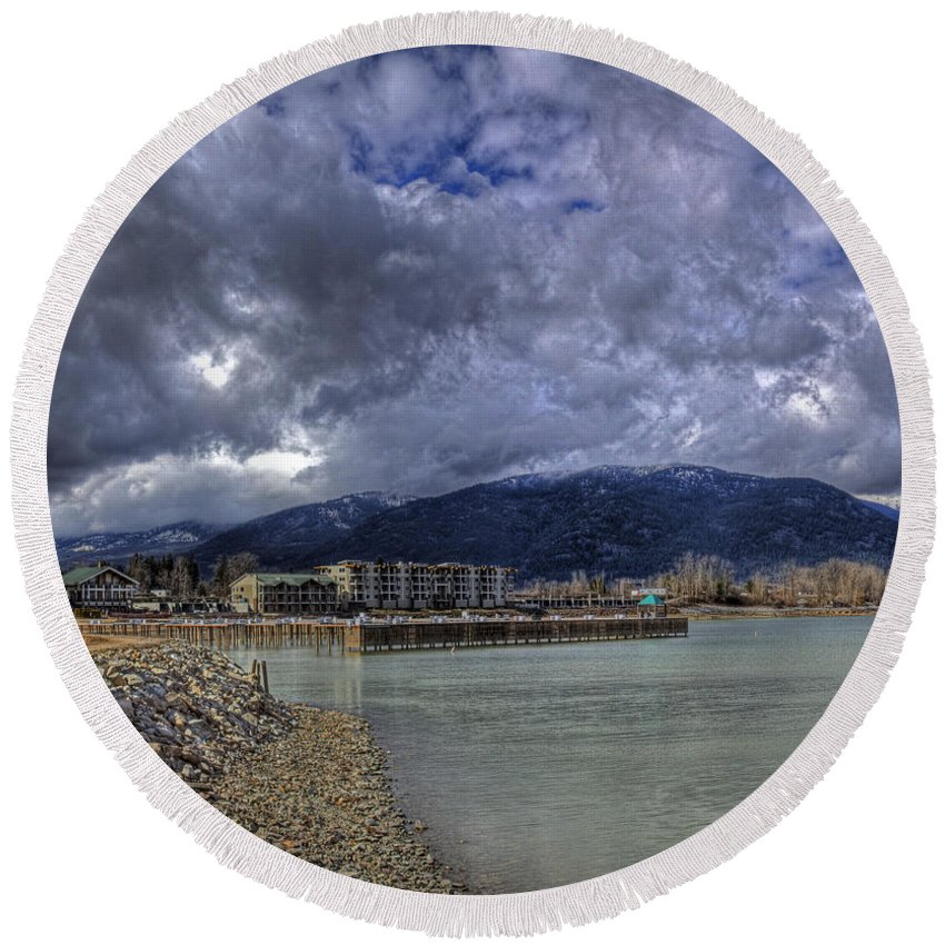 Landscape Round Beach Towel featuring the photograph The Seasons Sandpoint by Lee Santa