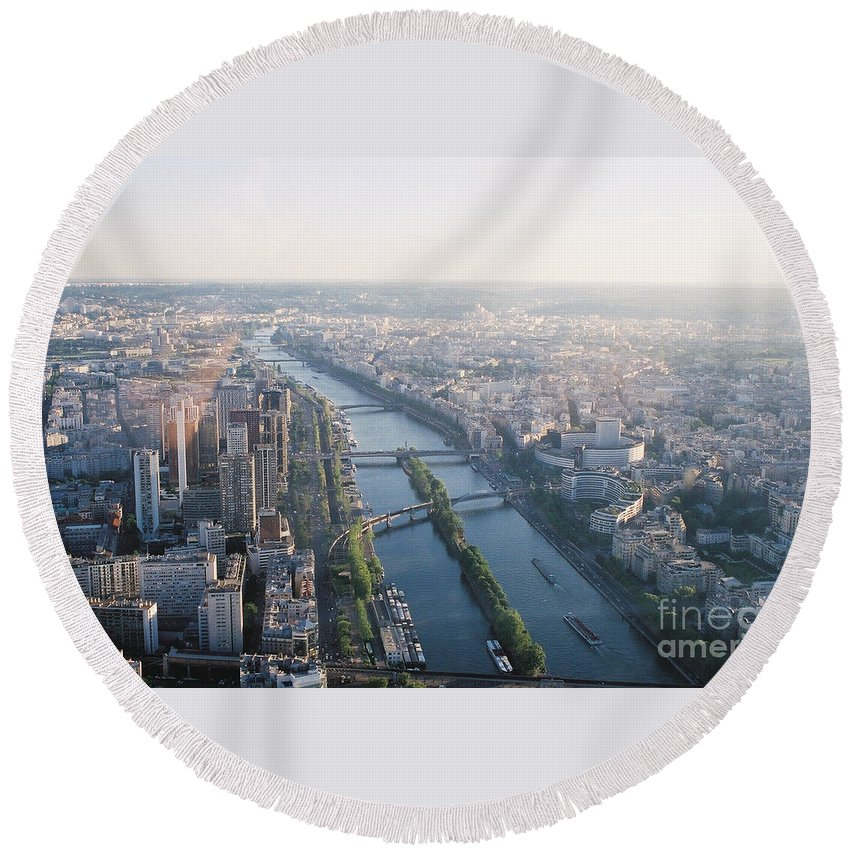 City Round Beach Towel featuring the photograph The Seine River In Paris by Nadine Rippelmeyer