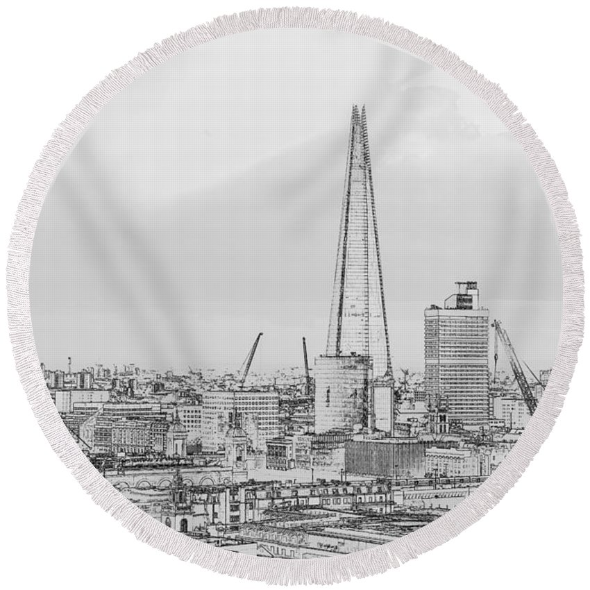 Great Britain Round Beach Towel featuring the photograph The Shard Outline Poster Bw by Gary Eason