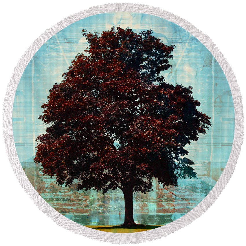 Tree Round Beach Towel featuring the photograph The Stand Still by Tara Turner
