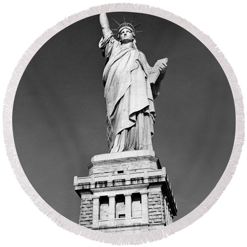 The Round Beach Towel featuring the photograph The Statue Of Liberty Photo by American School