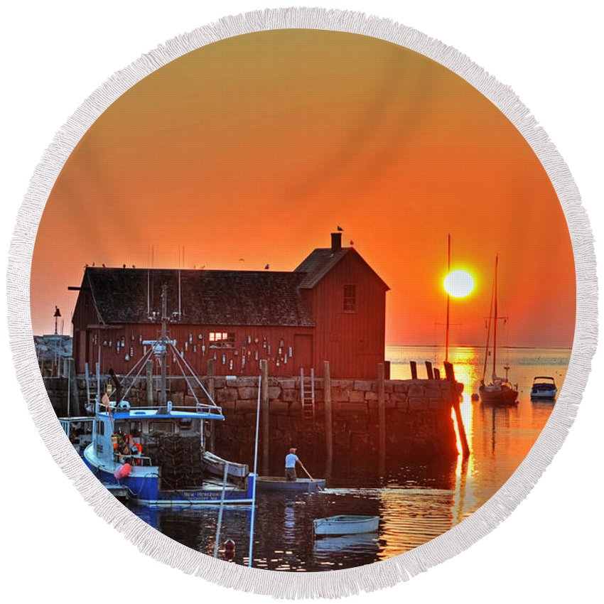 Rockport Round Beach Towel featuring the photograph The Sun Rising By Motif Number 1 In Rockport Ma Bearskin Neck by Toby McGuire