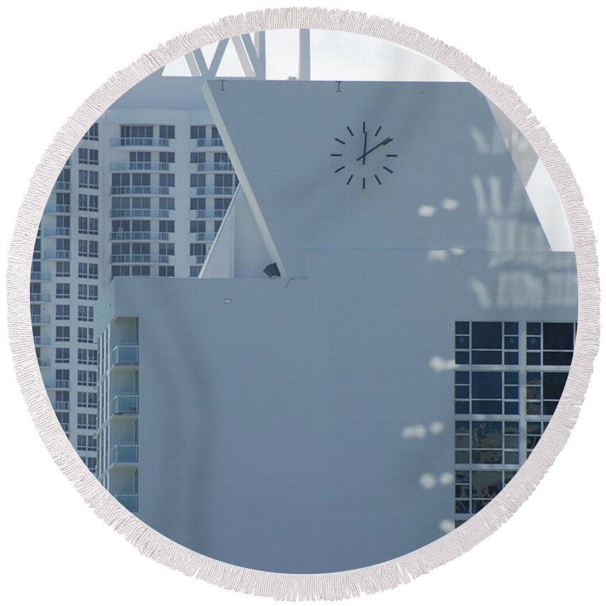 Sun Round Beach Towel featuring the photograph The Time Is...12 10 by Rob Hans