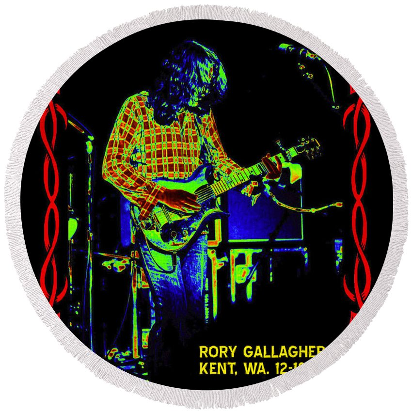 Rory Gallagher Round Beach Towel featuring the photograph The Wayward Child by Ben Upham