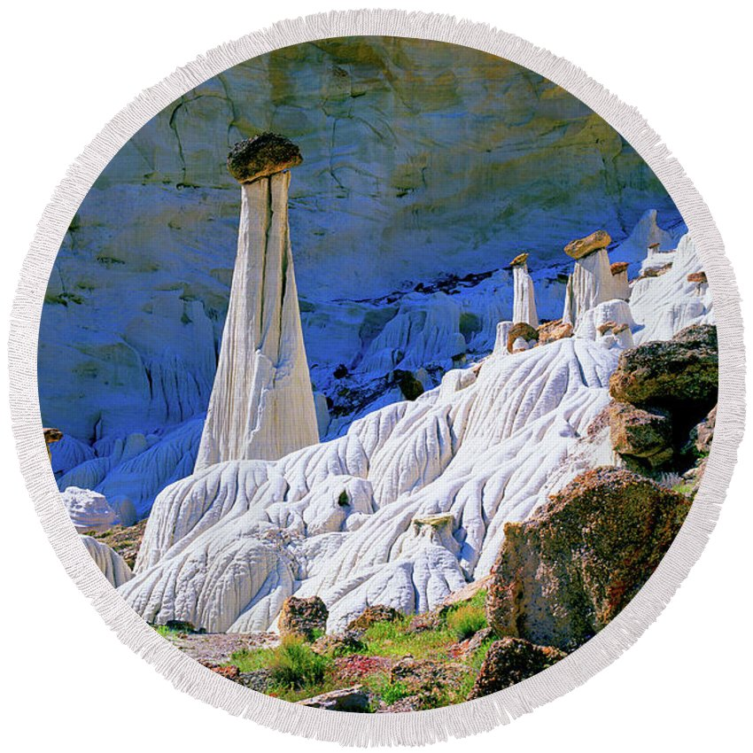 Utah Round Beach Towel featuring the photograph The White Hoodoos by Frank Houck