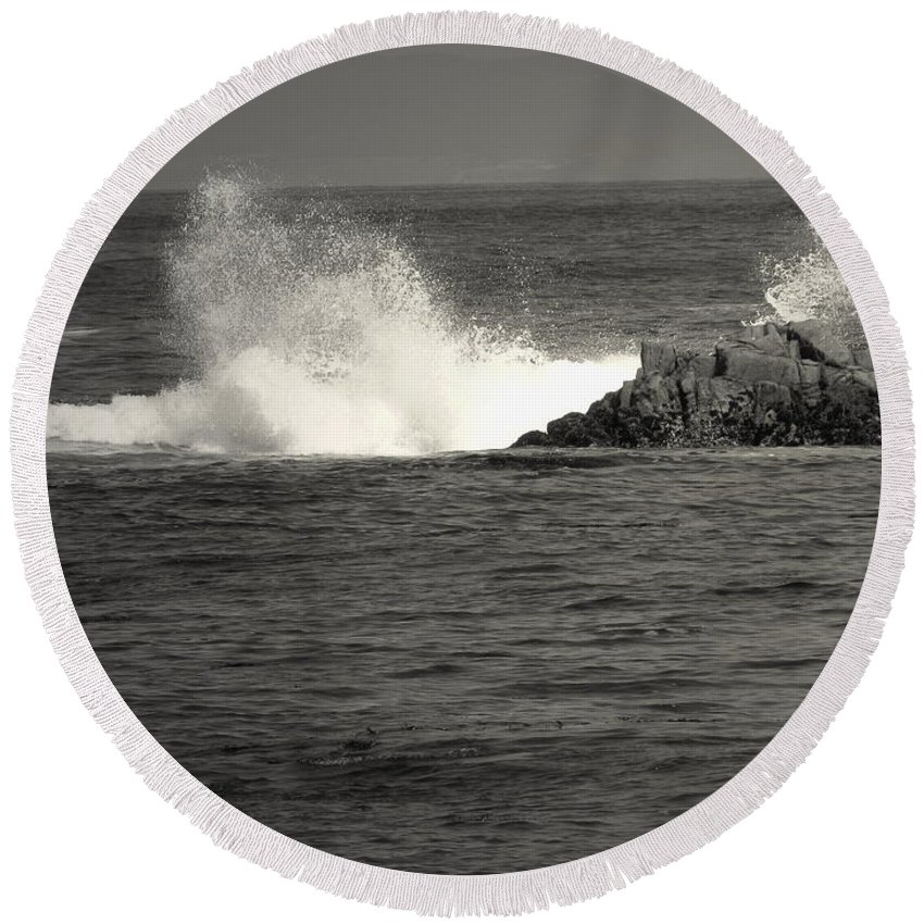 B&w Round Beach Towel featuring the photograph The Wild Pacific In Black And White by Joyce Dickens