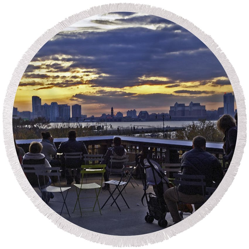 High Line Park Round Beach Towel featuring the photograph They Came To Look by Madeline Ellis