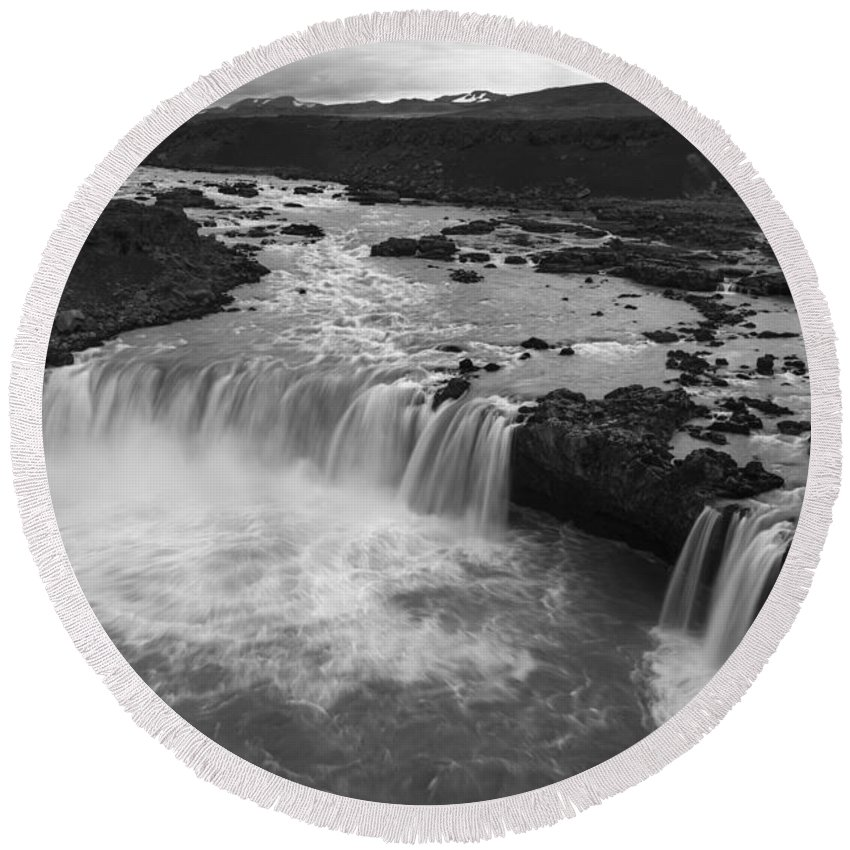 Waterfall Round Beach Towel featuring the photograph Thofafoss Waterfall Iceland 1538 by Bob Neiman