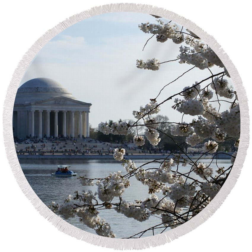 Cherry Blossom Round Beach Towel featuring the photograph Thomas Jefferson by Heidi Poulin