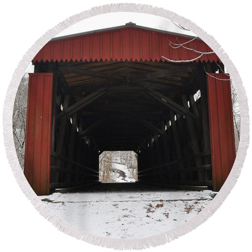 Covered Bridge Round Beach Towel featuring the photograph Thomas Mill Road Covered Bridge by Bill Cannon