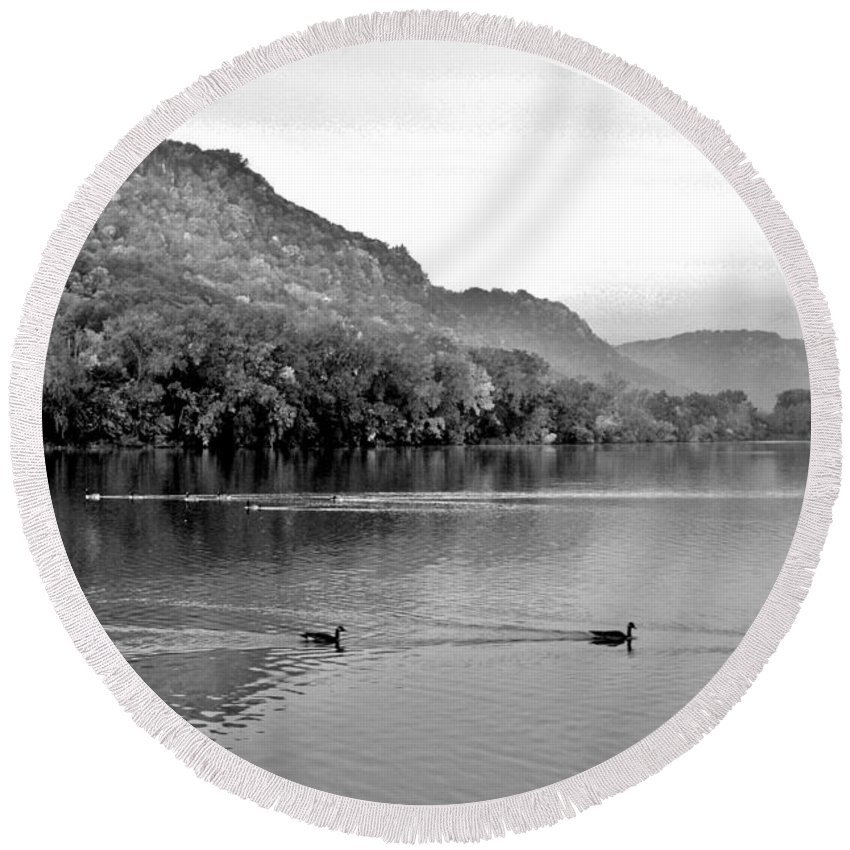 Winona Bluffs Round Beach Towel featuring the photograph Three's A Crowd by Susie Loechler