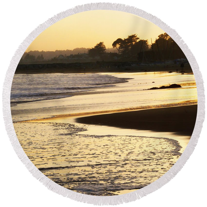 Tidal Round Beach Towel featuring the photograph Tidal Sunset by Marilyn Hunt