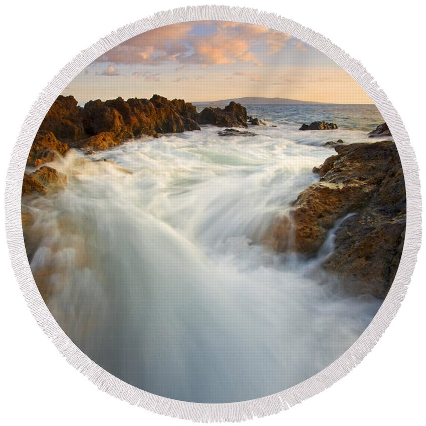 Surge Round Beach Towel featuring the photograph Tidal Surge by Mike Dawson