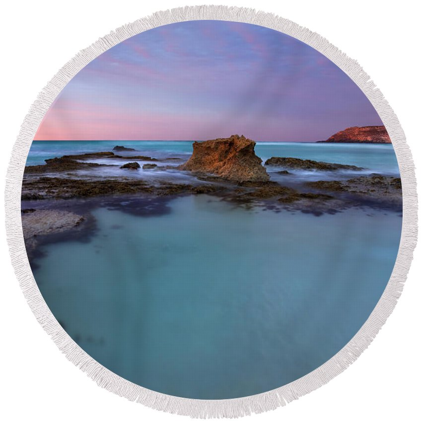 Seascape Tidepools Round Beach Towel featuring the photograph Tidepool Dawn by Mike Dawson
