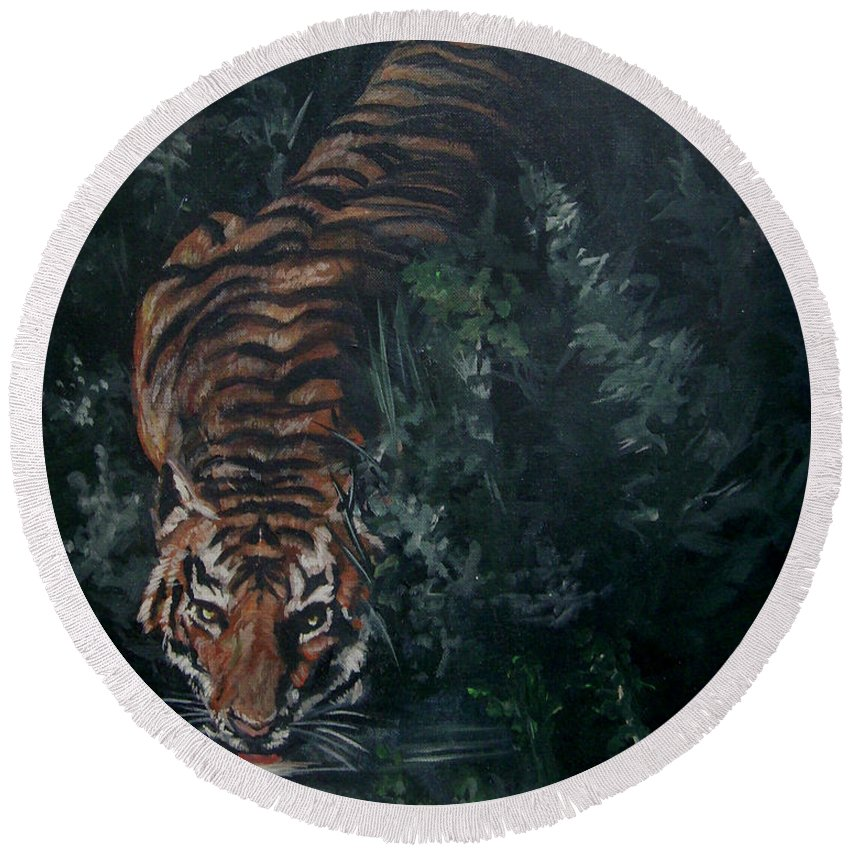 Tiger Round Beach Towel featuring the painting Tiger by Bryan Bustard