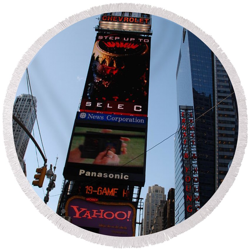 Times Square Round Beach Towel featuring the photograph Times Square by Rob Hans