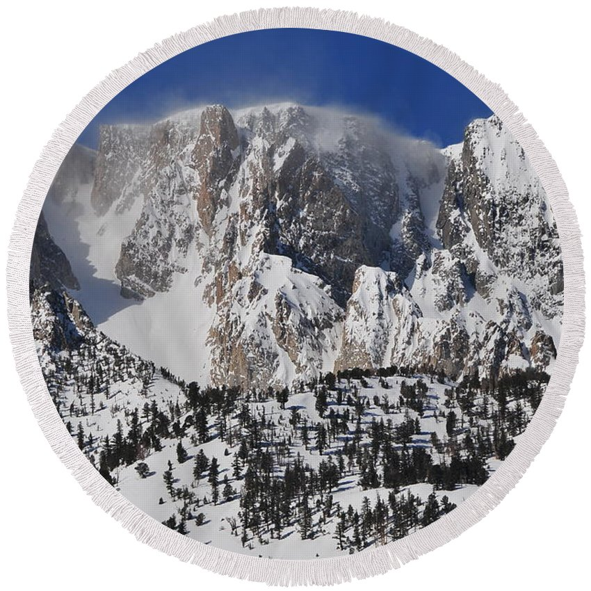 Landscape Round Beach Towel featuring the photograph Tioga Pass Winds by Duane Middlebusher