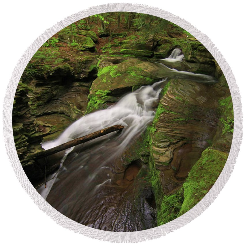 New York Round Beach Towel featuring the photograph Tompkins Falls Catskills N.y.-7 by Gary Nedbal