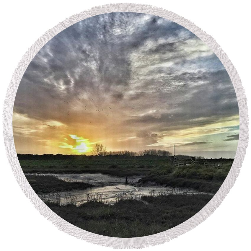 Natureonly Round Beach Towel featuring the photograph Tonight's Sunset From Thornham by John Edwards