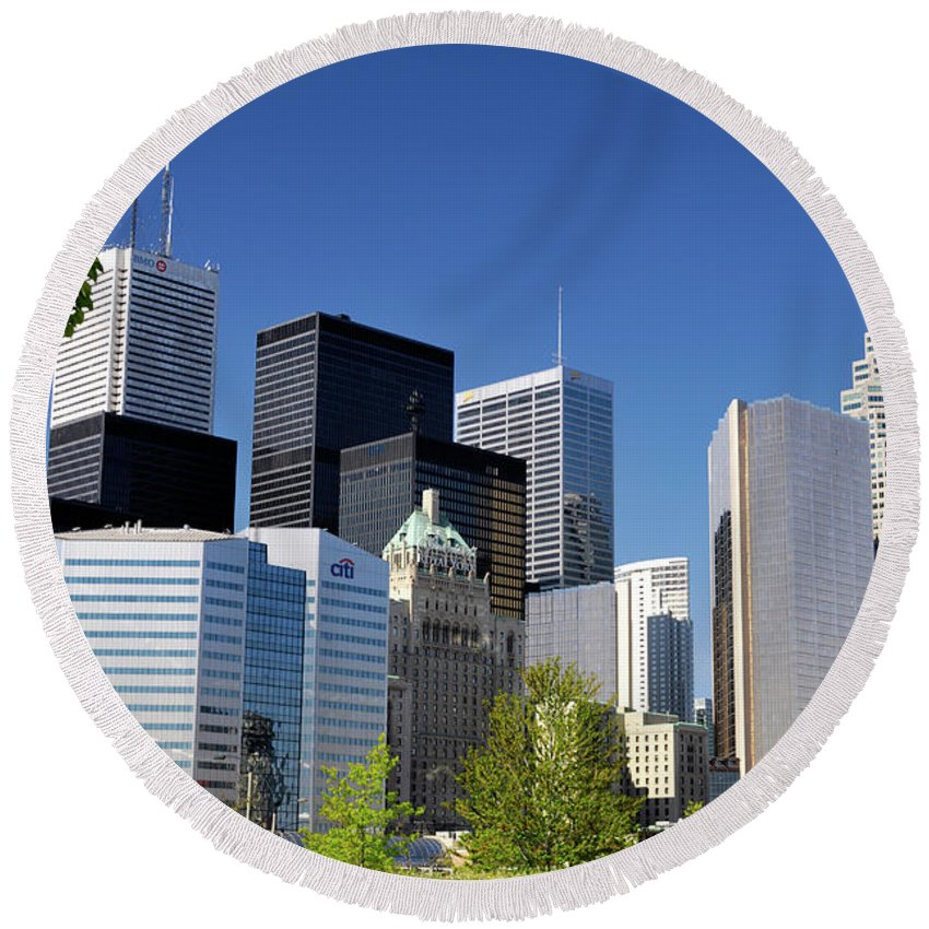 Toronto Round Beach Towel featuring the photograph Toronto Downtown Skyline by Maxim Images Prints