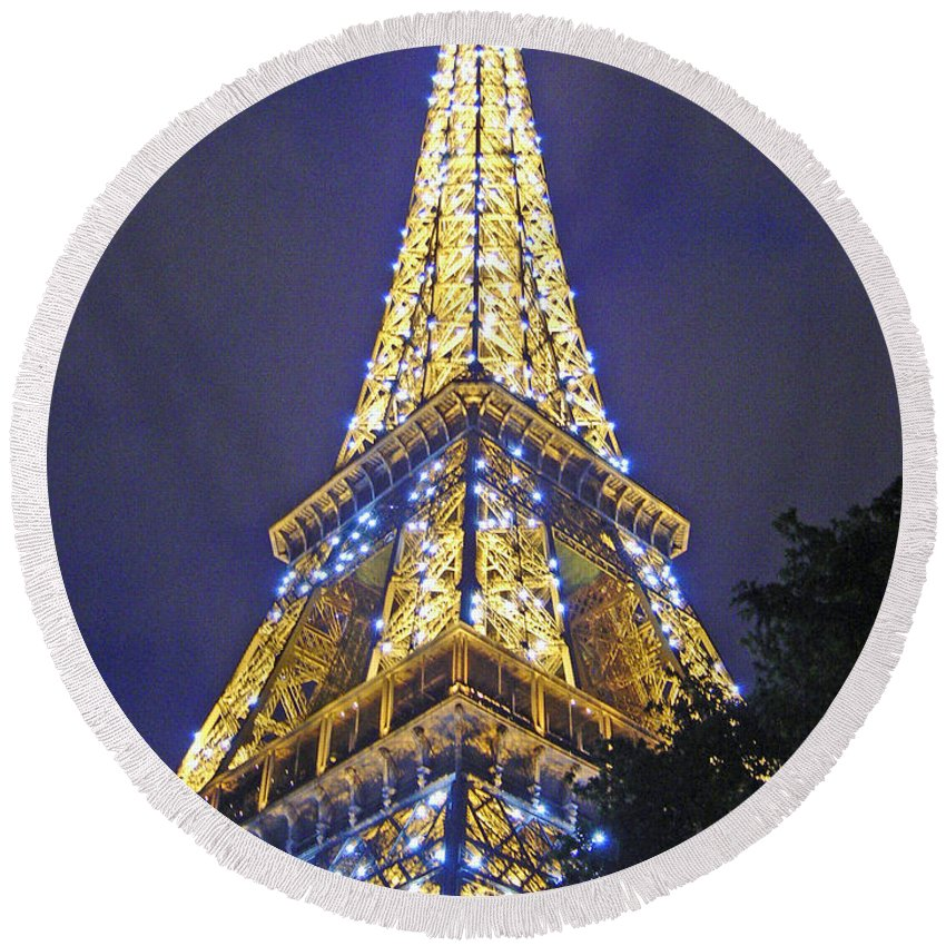 Eiffel Tower Paris France Round Beach Towel featuring the photograph Tour Eiffel 2007 by Joanne Smoley