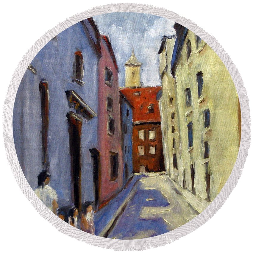 Urban Round Beach Towel featuring the painting Tour Of The Old Town by Richard T Pranke