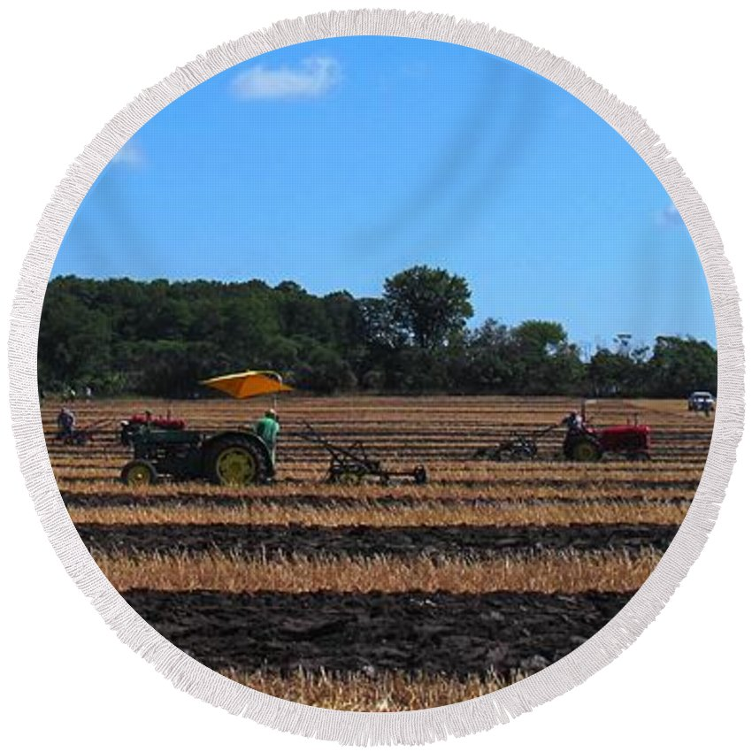 Tractors Round Beach Towel featuring the photograph Tractors Competing by Ian MacDonald