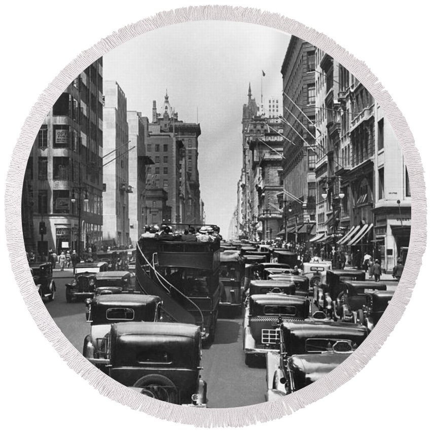 1930's Round Beach Towel featuring the photograph Traffic On Fifth Avenue by Underwood Archives